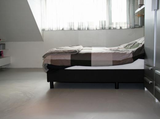 Betonlook vloer slaapkamer - Berkers vloeren