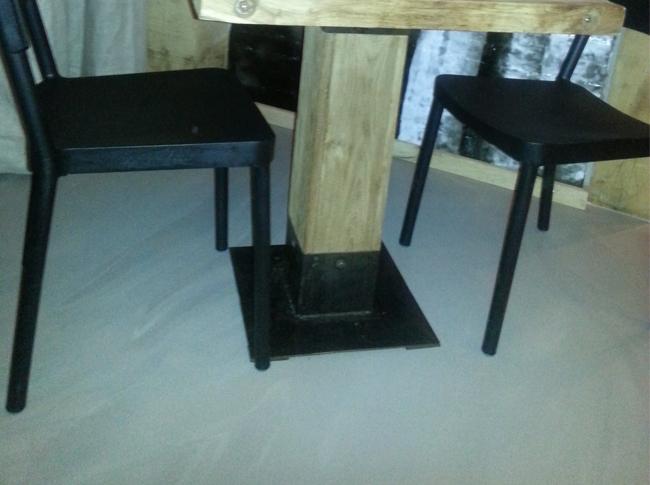 Betonlook gietvloer restaurant Best #woonbeton #berkersvloeren #gietvloeren #betonlook